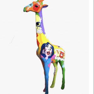 girafe en fibre de verre pop art