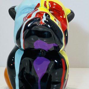 bouledogue assis en résine personnalisé par des coulures de peinture